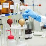 製薬や化学メーカーなどの化学系研究職への転職で必要なスキル